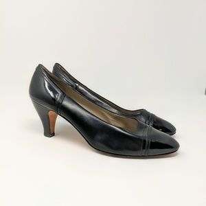 Vtg Ferragamo Black Leather Pumps